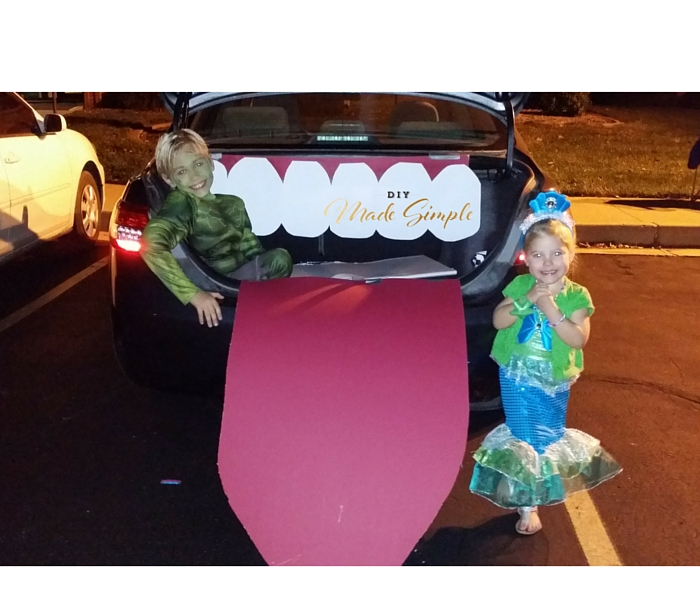 trunk or treat decoration
